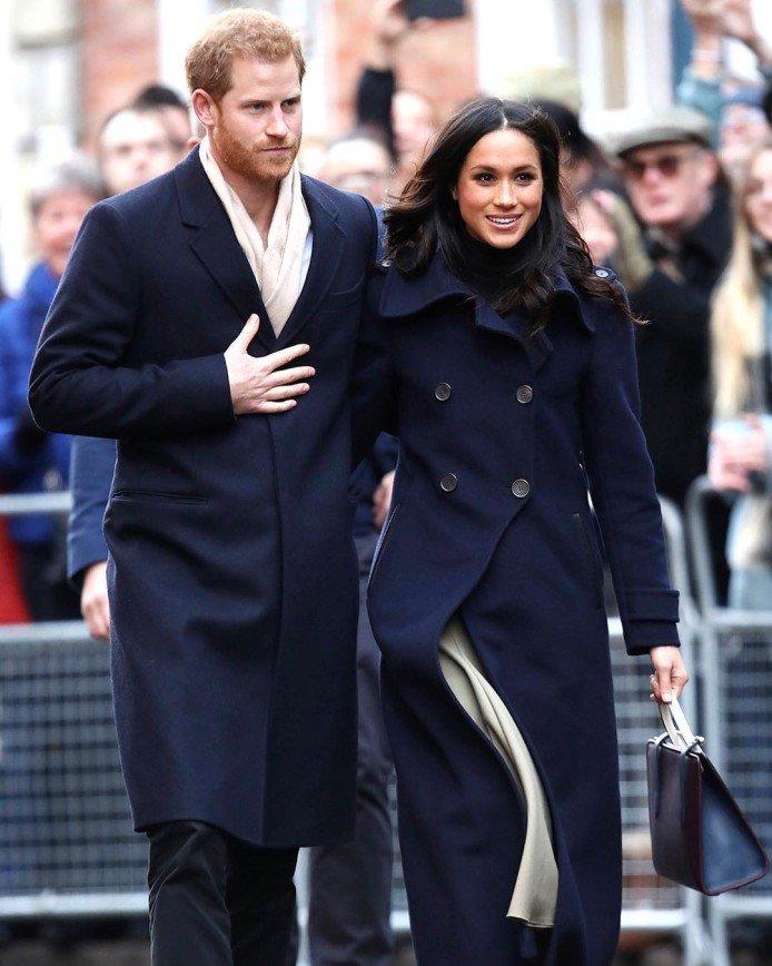 В Сеть слили фотографии с голой невестой Меган Маркл принца Гарри (ФОТО)