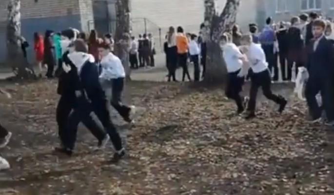Новые подробности: Устроивший бойню в уральской школе вел тетрадь смерти (ВИДЕО)