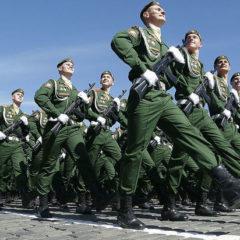Генерал рассказал о новинках Парада Победы 2019: «Будет две «коробки» девушек»