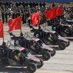 Новшества Парада Победы: много девушек, военный багги и «Лада» с пулеметом