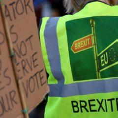 Британский парламент утвердил закон об отсрочке Brexit