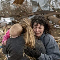 Число погибших из-за торнадо в южных штатах США выросло до восьми человек