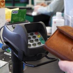 Visa запустила в России сервис по снятию наличных на кассах