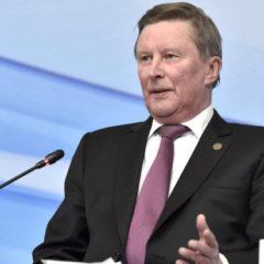 Иванов: ожидаем признания части шельфа Арктики территорией РФ