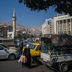 Фейк о повышении цен на бензин вызвал рекордные очереди на АЗС в Дамаске