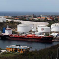 США ввели санкции против 34 венесуэльских танкеров