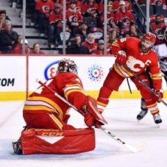 Оба победителя конференций впервые вылетели на старте плей-офф НХЛ
