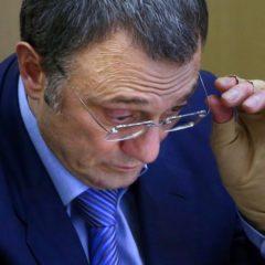 Доход Сулеймана Керимова снизился в 74 раза