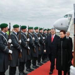 Порошенко отправился в Европу объяснять, чем он лучше Зеленского