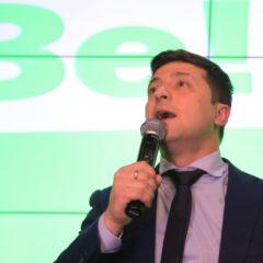 Зеленский сообщил о разногласиях с Порошенко по дебатам на стадионе