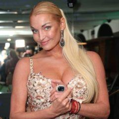 Волочкова заявила, что россияне сами виноваты в своей нищете