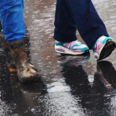 Путину показали исследование об обуви и бедности россиян