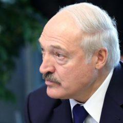 Лукашенко заявил об «обнаглевшей» России, выкручивающей руки