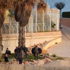 Иностранцев эвакуируют из Ливии: военный конфликт унес десятки жизней