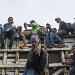 Белый дом обжалует решение суда о запрете возвращать в Мексику беженцев