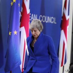Брексит начал бесить британцев: к чему приведет еще одна отсрочка