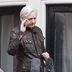 В WikiLeaks заявили о скором выдворении Ассанжа из посольства Эквадора