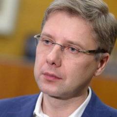 Депутат сейма Латвии: трусливые министры отстранили мэра Риги ночью