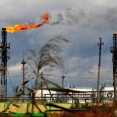 Белоруссия пригрозила приостановить транзит «грязной» нефти из России