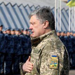 Порошенко заявил о создании крылатой ракеты с дальностью более 1 тыс. км
