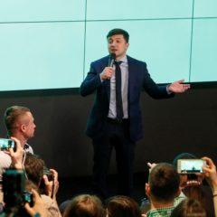 Эксперты оценили шансы Зеленского и Порошенко на дебатах