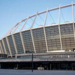 Порошенко и Зеленский арендовали стадион для дебатов