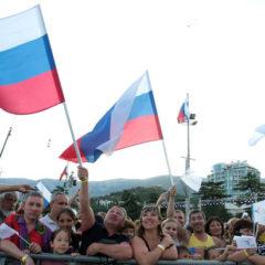 Россияне заявили о приоритете национальных интересов над международными