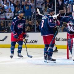 Сергея Бобровского признали второй звездой дня в НХЛ