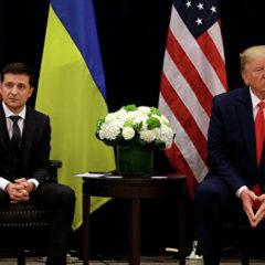 Экс-советник Трампа не усмотрел ничего незаконного в его беседе с Зеленским