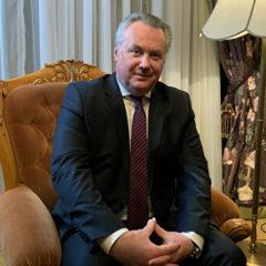 Лукашевич оценил запрет русского языка в частных школах в Латвии
