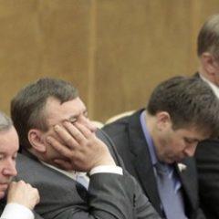 Три миллиона в день непонятно за что: в Госдуме возмутились выплатами топ-менеджерам