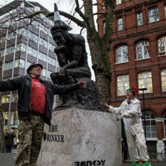 Работу Бэнкси выставили на аукцион незаконно, заявил британский художник