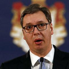 Сербия приостанавливает закупки оружия, заявил Вучич